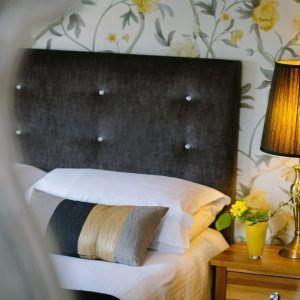room 5 bedroom